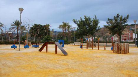 FOTOS El parque canino en Nueva Espuña reabre tras las mejoras