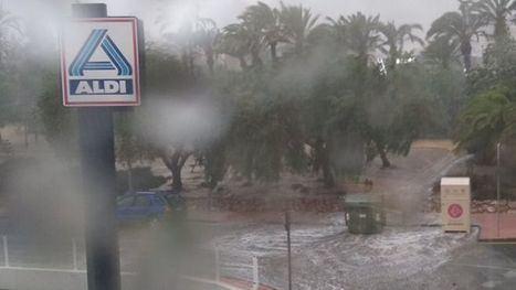 VÍDEO La tormenta supera la capacidad de algunos sumideros