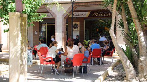 La alcaldesa anuncia 200.000 euros de ayudas a hosteleros
