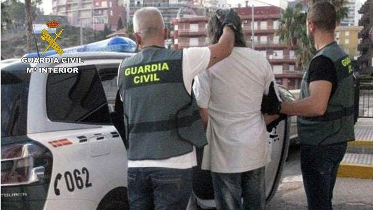 Buscado por la justicia, detenido tras un robo en P. de Mazarrón