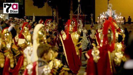 VÍD. El Martes Santo saca a la calle a todas las cofradías