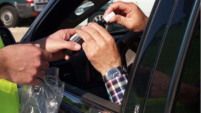 Detenido tras sextuplicar la tasa de alcohol al volante