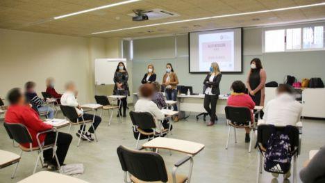 FOT. Alhama retoma los cursos de inserción laboral
