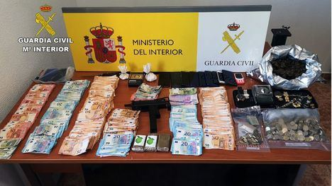 VÍDEO Una banda usa menores para vender droga en Totana