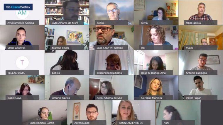PSOE e IU condenan el transfuguismo sin acuerdo unánime del pleno