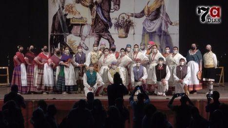 VID. Emoción en el reencuentro del Villa de Alhama con su público