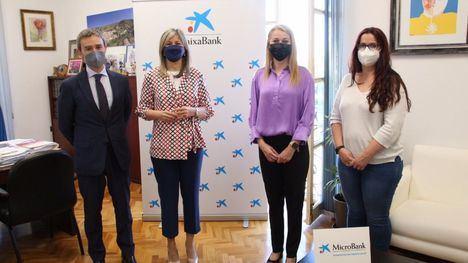 FOTOS Ayuntamiento y MicroBank facilitarán el emprendimiento