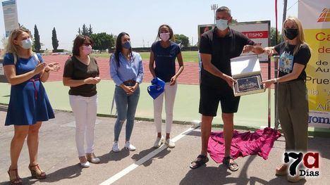 V/F Homenaje a Antonio Peñalver en la pista de atletismo