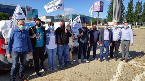 FOT. Protesta ante el 'atentado sin sentido' a la huerta de Europa