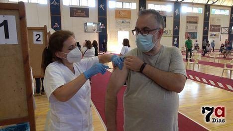 VÍD. Alhama completa la inmunización de los mayores de 50 años