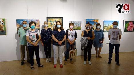 VÍD. El Pósito acoge las obras de los alumnos de Mª José Hermosilla