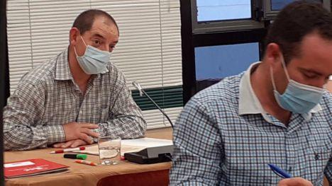IU afirma que PSOE 'se pliega' al lobby de empresas de la basura