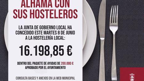Diez hosteleros reciben otros 16.000 euros de ayudas municipales