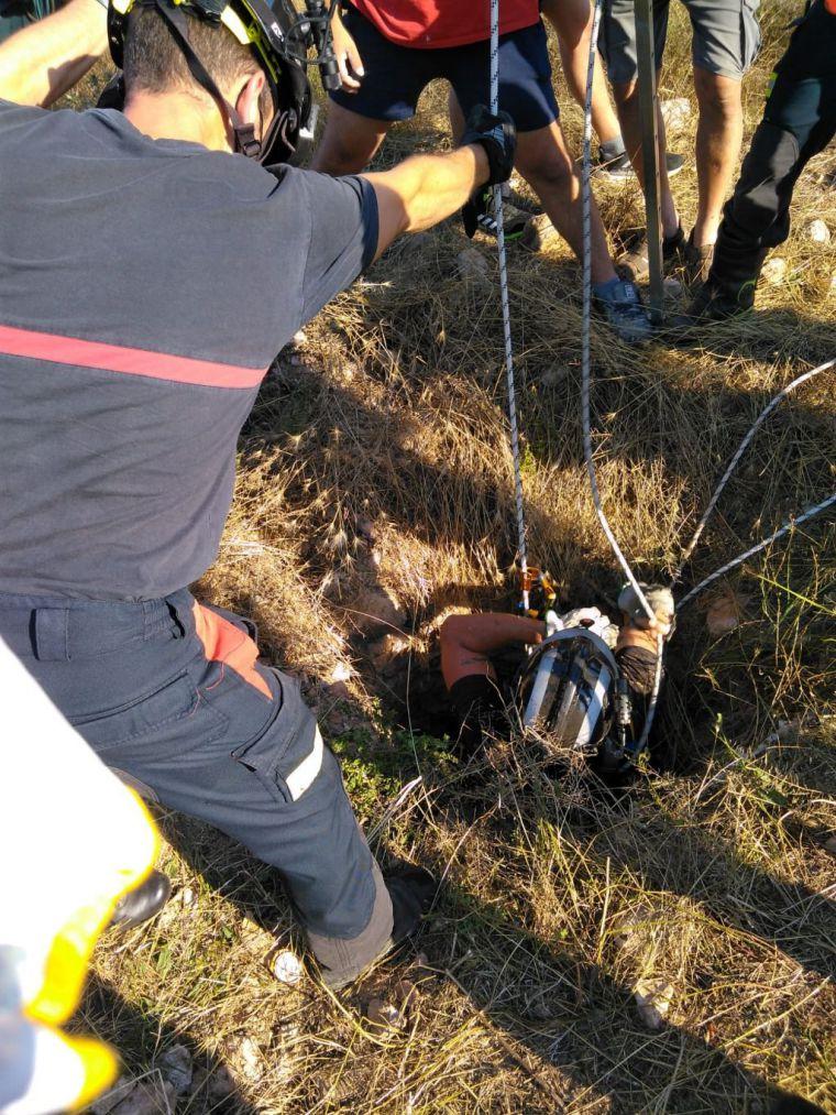 Un hombre de 60 años cae a un pozo en Fuente Álamo