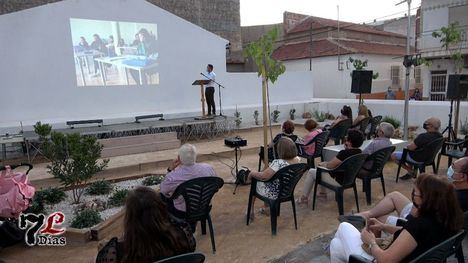 V/F Librilla cuenta ya con un nuevo parque para mayores