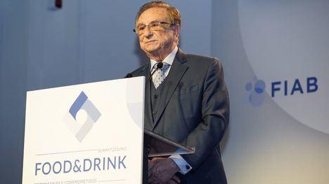 V/F T. Fuertes recibe el reconocimiento de FIAB por su trayectoria