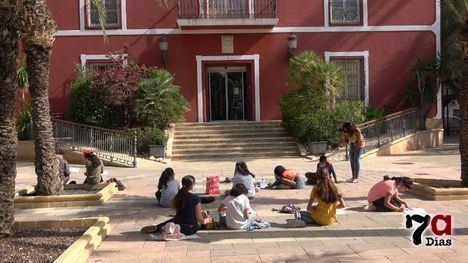 VÍD. Decenas de pequeños artistas 'ocupan' las calles