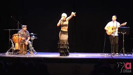 VIDEO La Espartera derrocha arte y alegría en el Teatro Velasco