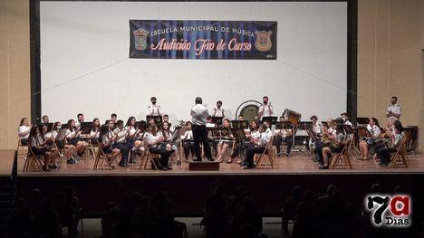 VÍD. La Banda Juvenil da la bienvenida a 11 nuevos músicos