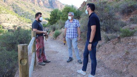 FOTOS Finaliza la reparación del vallado en el cerro del Castillo