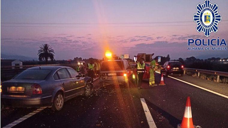 Varios heridos leves en un accidente múltiple en Alhama