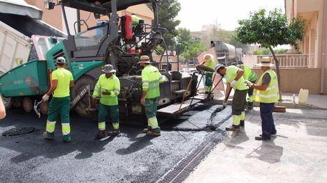V/F Finaliza el asfaltado de las calles Luis Rosales y M. Hernández
