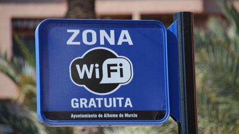 VÍD. Alhama instala 14 nuevos puntos wifi gratuitos en los jardines