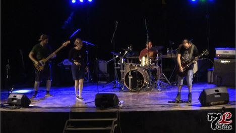 VÍDEO El grupo Tormø abre la noche de música joven en Librilla