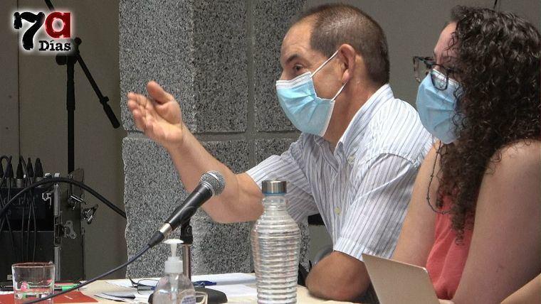 IU critica los votos de PSOE y Vox contra los empleados municipales