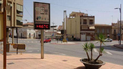 VÍD. Los termómetros marcan un máximo de 42.4ºC en Alhama