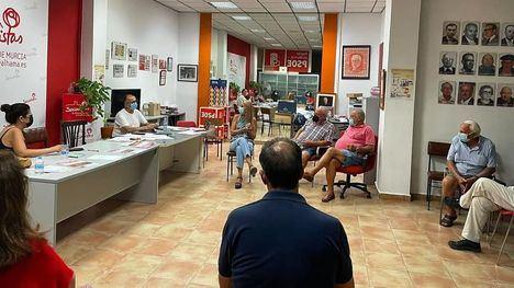 El PSOE vuelve a la actividad política con sus reuniones semanales