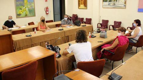Los hosteleros informan de sus necesidades para la Feria a la alcaldesa