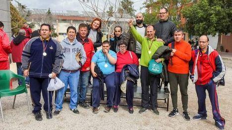 El Centro de Las Salinas busca apoyo para ir al Camp. Nac. de Petanca