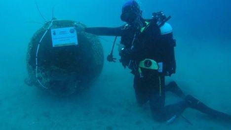 La Armada recupera y neutraliza una Mina de Orinque en Mazarrón