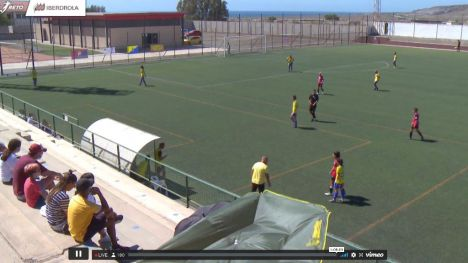 Las Islas Afortunadas le quitan la suerte al Alhama CF (3-1)