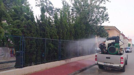 FOT. Finalizada la fumigación de zonas verdes de Alhama