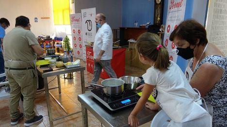 VÍDEO En Librilla ya saben hacer torrijas sin huevo