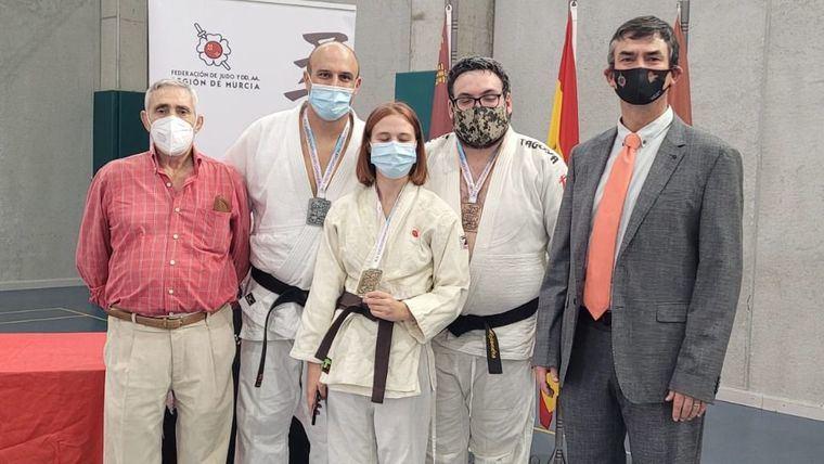 Cuatro medallas para Alhama en el Regional Senior de Judo