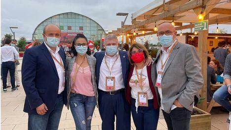 Socialistas de Alhama y Librilla, en el 40º Congreso del PSOE