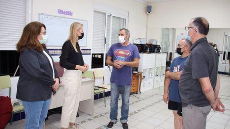 El Ayuntamiento renueva el convenio con el 'Villa de Alhama'
