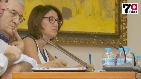 Bartolomé Valverde e Isabel Cava, concejales de Ciudadanos, durante el Pleno de septiembre