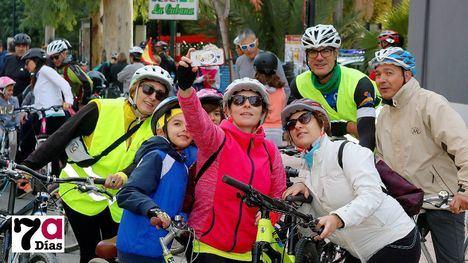 FOTOS La bicicleta, protagonista de la mañana del domingo
