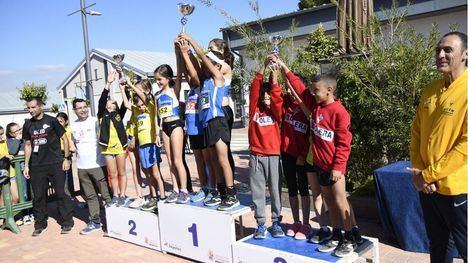 FOTOS Primera victoria de la temporada para los atletas de Alhama
