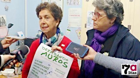 VÍDEO La AECC Alhama 'derriba los muros' de la enfermedad del cáncer