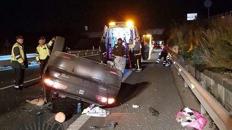 Una mujer, herida al quedar atrapada tras un accidente en la autovía