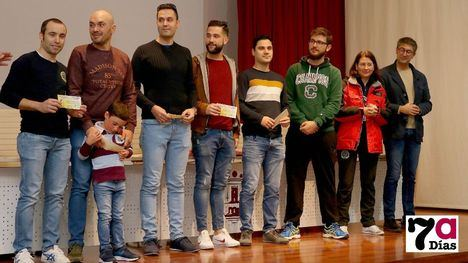 VIDEO/FOTO Divertida entrega de premios de la Travesía Nocturna