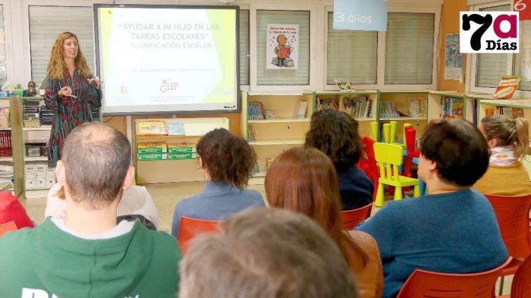 'Los niños deben tener tiempo de aburrirse', dice la pedagoga Bueno