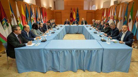 López Miras anuncia acciones legales por 'el cierre del trasvase'