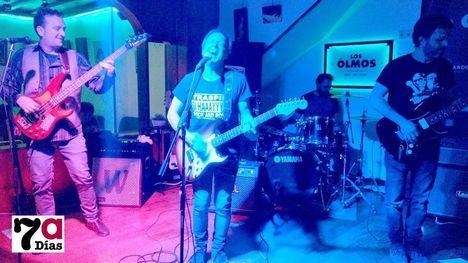 VÍDEO Traspié llena de rock el sábado noche en el Bar Los Olmos