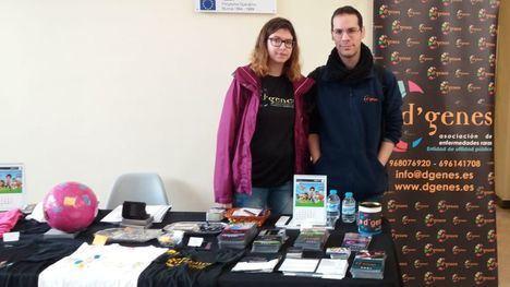 D'Genes participó en el mercadillo solidario de Universidad de Murcia